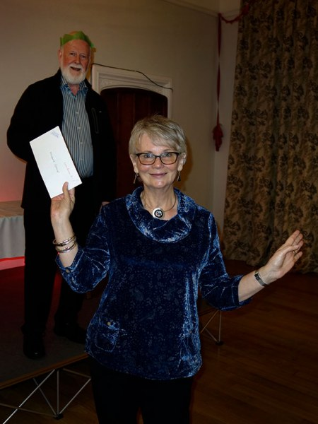 Michelle receiving her award from the Bowmen of Danesfield